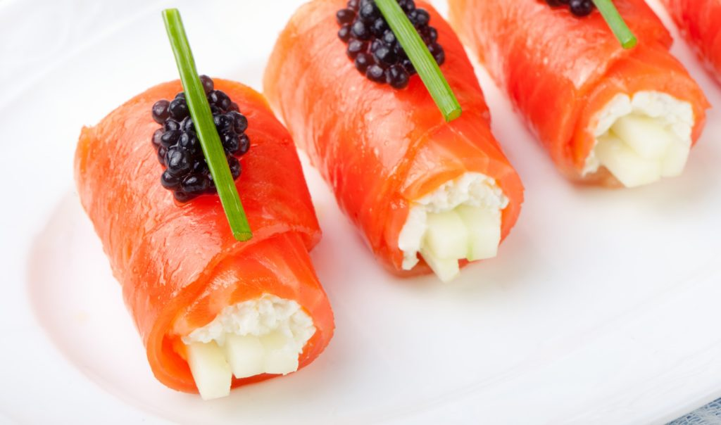 A How To Guide to serving Smoked Salmon 1 - Caviar Lover