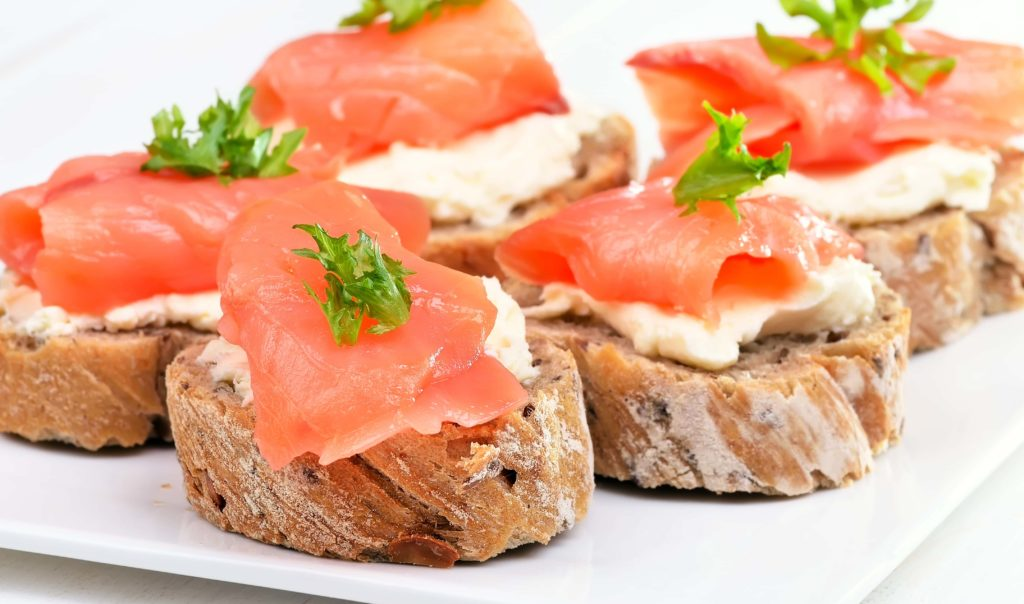 A How To Guide to serving Smoked Salmon 2 - Caviar Lover